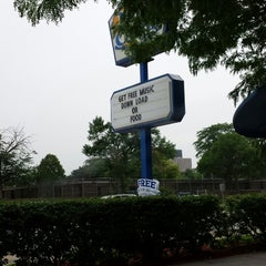 Photo taken at White Castle by Tandra S. on 6/22/2013