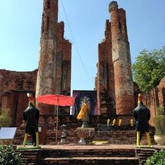 Photo taken at วัดธรรมิกราช (Wat Thammikarat) by Darana P. on 12/29/2012
