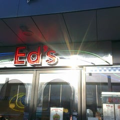Photo taken at Ed's Easy Diner by Ren R. on 2/19/2013