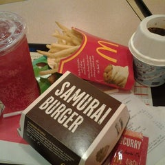 Photo taken at McDonald's Kota Bharu Mall by Ziera on 9/26/2012