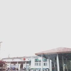 Photo taken at สถานีรถไฟตะพานหิน (Taphan Hin) SRT1099 by iam -. on 2/14/2015