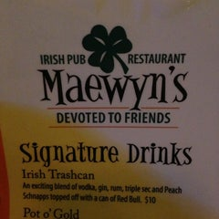 Photo taken at Maewyn's Irish Pub & Restaurant by Katie P. on 7/21/2013