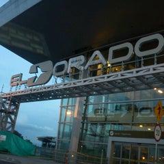 Photo taken at Aeropuerto Internacional El Dorado (BOG) by Oscar R. on 8/11/2013