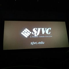 Photo taken at Cinemark Movies 8 by Gabriel S. on 6/14/2013