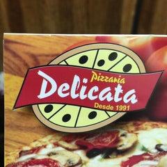 Photo taken at Delicata Pizzaria by Igor P. on 9/9/2013