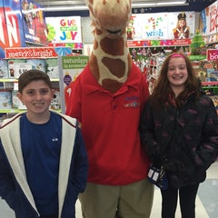 """Photo taken at Toys""""R""""Us by Anthony B. on 11/22/2014"""