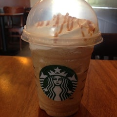 Photo taken at Starbucks by Edy F. on 7/1/2013