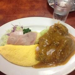 Photo taken at 肉のますゐ by Kotoko K. on 10/6/2013