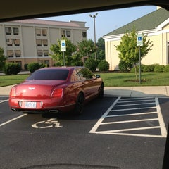 Photo taken at Hilton Garden Inn Greensboro by Mike H. on 7/20/2013