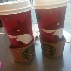 Photo taken at Starbucks by Ming H. on 11/4/2012