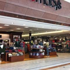 Photo taken at Macy's by Hylain W. on 9/3/2013