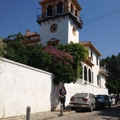 Photo taken at Realejo (Barrio del) by Los lugares de Lenny on 8/19/2013