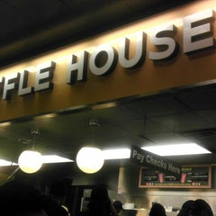 Photo taken at Waffle House by Rachel M. on 2/24/2013