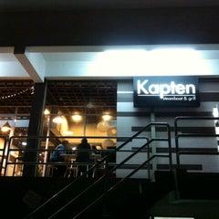 Photo taken at Kapten Steamboat & Grill by FyzKa PЯoPa KЯB™ on 9/18/2012