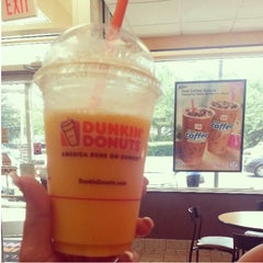 Photo taken at Dunkin Donuts by Daina P. on 6/29/2013