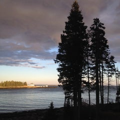 Photo taken at Hupper Island by Julia B. on 5/10/2014