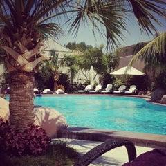Photo taken at Sunset Beach Resort | منتجع شاطئ الغروب by Soso A. on 7/5/2013