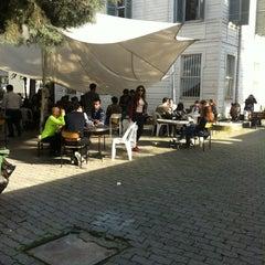 Photo taken at Güzel Sanatlar Fakültesi by Tunc A. on 3/13/2013