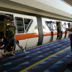Photo taken at Monorail Orange by Howard C. on 12/18/2012