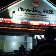 Photo taken at Restoran Perantau Seafood & Western Food by Apiedz R. on 9/28/2011