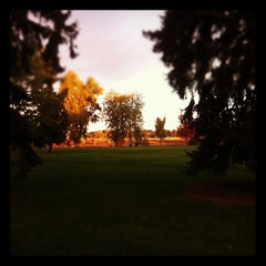 Photo taken at Berkeley Park by Ryan E. on 10/18/2011