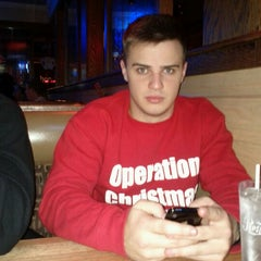 Photo taken at Applebee's by Kyle H. on 11/19/2011