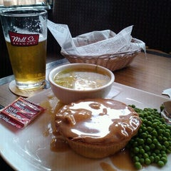 Photo taken at Unionville Arms Pub by Bruce L. on 9/13/2011