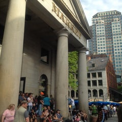 Photo taken at Faneuil Hall Marketplace by Raymon Z. on 5/13/2012
