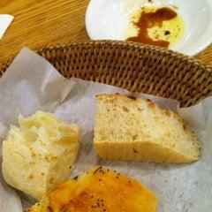 Photo taken at 올리오 (Olio) by FatFish on 9/1/2012