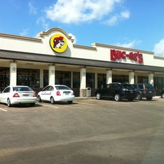 Photo taken at Buc-ee's by Allen A. on 6/16/2011