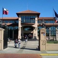 Photo taken at Ilustre Municipalidad de Chillán Viejo by Claudio B. on 4/1/2011