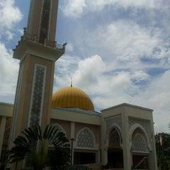Photo taken at Masjid Sepang by MSAM on 11/12/2011