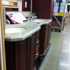 Photo taken at Lowe's Home Improvement by Jacquelyn S. on 8/13/2011