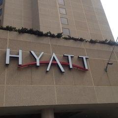 Photo taken at Hyatt Regency Crystal City at Reagan National Airport by Allan S. on 3/28/2012
