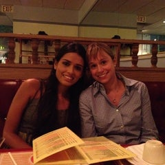 Photo taken at Mary Chung Restaurant by Pervez T. on 5/18/2012