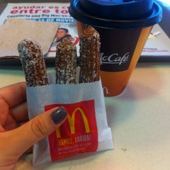 Photo taken at McDonald's by Marianna L. on 10/18/2014