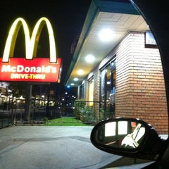 Photo taken at McDonald's by THERICHGIRLLIFE on 12/15/2012