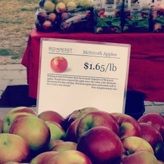 Photo taken at Socrates Park Greenmarket by Karina A. on 10/19/2013