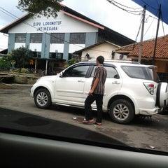 Photo taken at Jakarta International Korean School by Purnomo W. on 2/21/2014