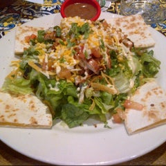 Photo taken at Chili's Grill & Bar Restaurant by Shayna Z. on 11/9/2012