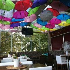 9/4/2013 tarihinde Mine T.ziyaretçi tarafından Savor Cafe'de çekilen fotoğraf