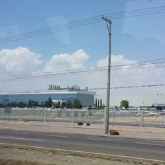 Photo taken at Nissan Mexicana A1 by Noël P. on 5/21/2014
