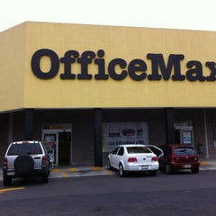 Photo taken at Office Max by Pillo V. on 8/21/2013