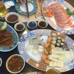 Photo taken at MK (เอ็มเค) by Tookta J. on 7/14/2015