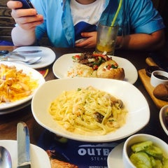 Photo taken at OUTBACK Steakhouse by JERRY L. on 7/15/2014