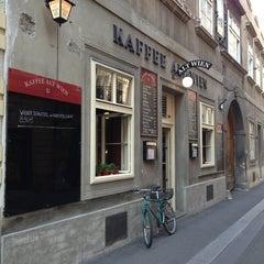 Photo taken at Kaffee Alt Wien by Nihat K. on 7/21/2013