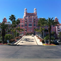 Photo taken at Loews Don CeSar Hotel by Donnie D. on 2/18/2013