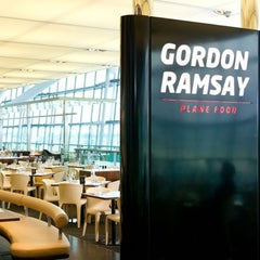 Photo taken at Gordon Ramsay Plane Food by Lifestyle-издание bit.ua | Be in trend! on 7/23/2013