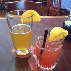 Photo taken at Fox and Hound Birkdale by Carolina R. on 7/21/2013
