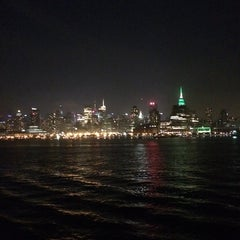 Photo taken at Spirit of New York by Rebecca B. on 9/22/2014